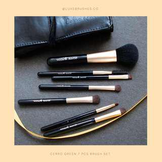 Cerro Qreen 7 Pcs Makeup Brushes (With Pouch)