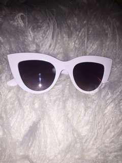 Cat eye sunglasses white
