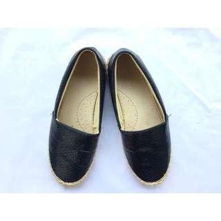 Navy shoes iconinety9 size 38