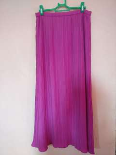Free sf! Pleated skirt with lining