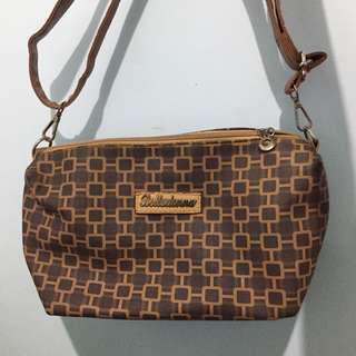 Belladonna Sling Bag