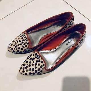 Sepatu merek Bebe size 8M