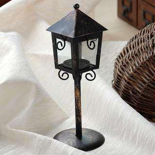 RENTAL: D86 VINTAGE HUT CANDLE HOLDER