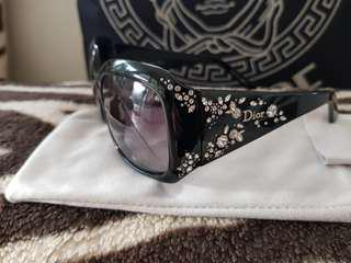 Dior Sunglasses  strassy style as New