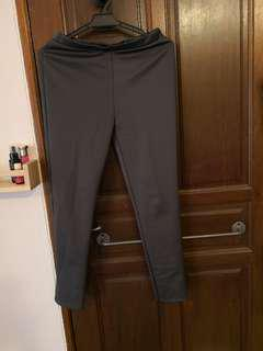 Grey thick leggings