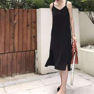 •PO• Black Slit V Neck Long Dress