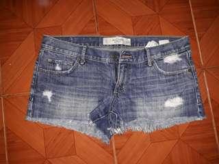 A&f sexy denim shorts...