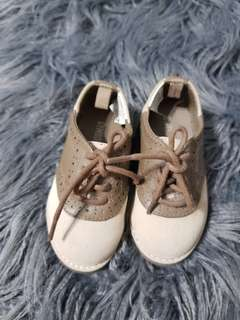 Baby oxford shoes, US5 size. Brandnew