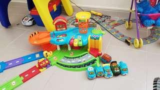 Vtech toot toot garage set+tow truck+bear cave+bear+track set