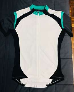 2XU bike jersey