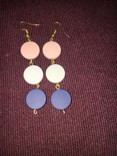 Anting 3 warna. Handmade fashion. Freongkir jabodetabek
