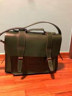 Doc dr martens green sling bag