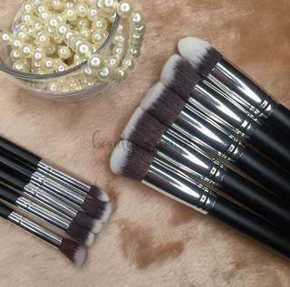 10pcs Long Kabuki Brush Set
