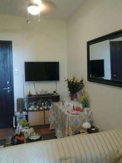 Unit condo in san lorenzo place makati