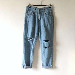 全新寬鬆淺藍色九分牛仔褲 Jeans