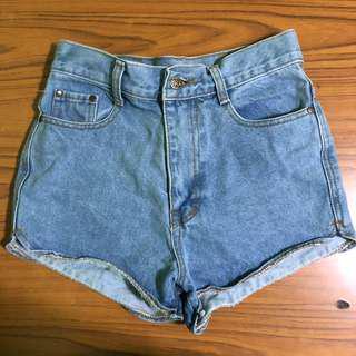 light denim highwaisted shorts