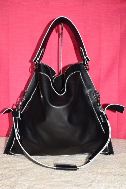 Authentic Givenchy Bag REPRICED c9c7ae1be1298