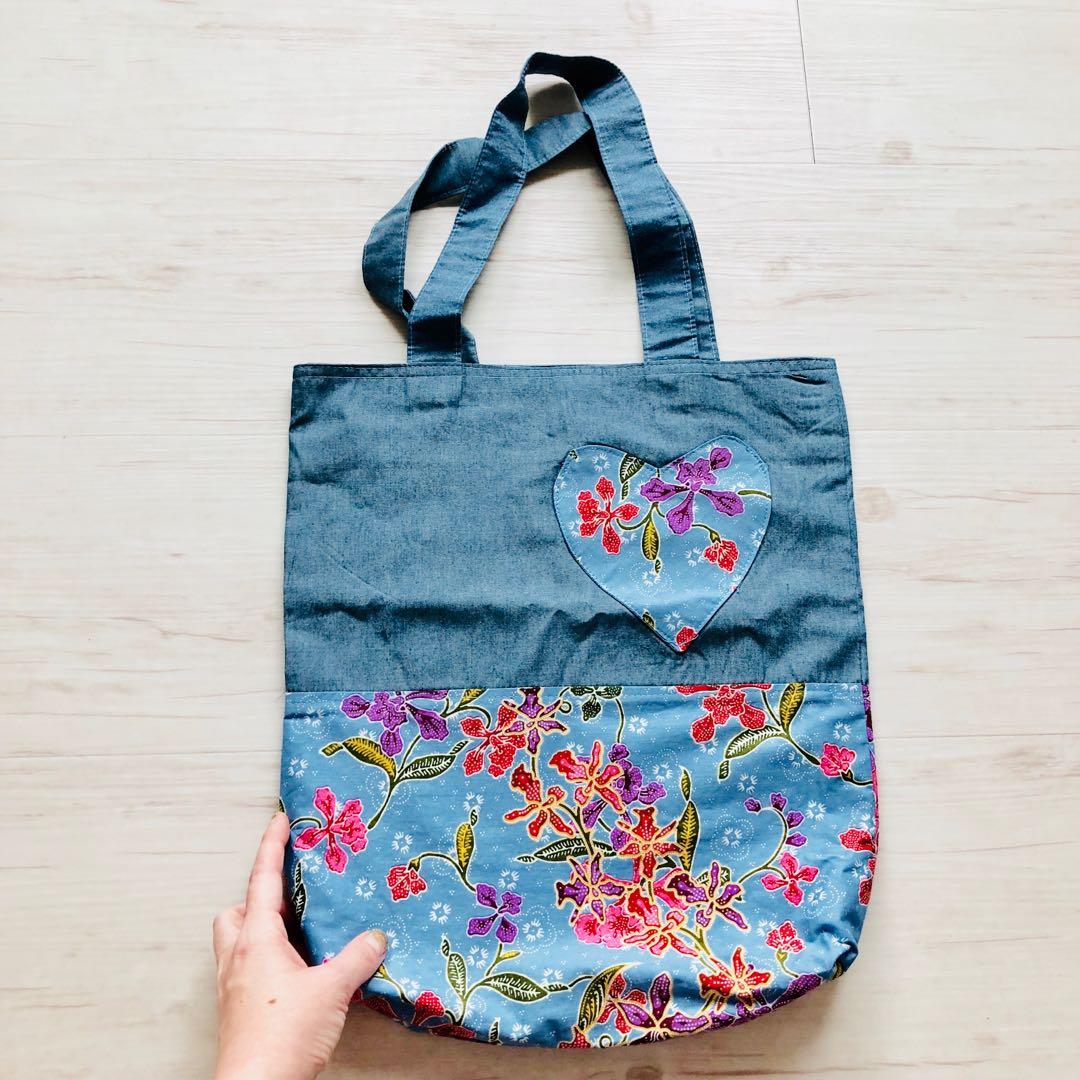b137458ec0c Batik Tote Bag Handmade in Singapore, Women s Fashion, Bags   Wallets,  Handbags on Carousell