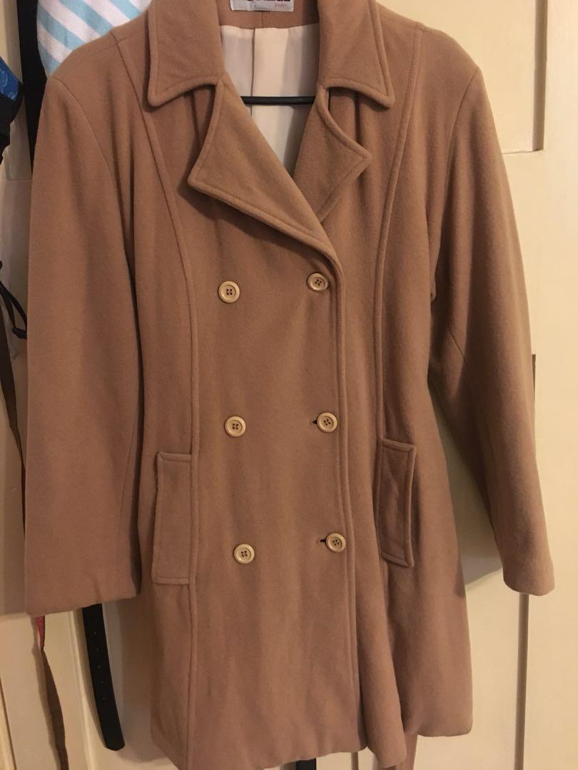brown/tan coat
