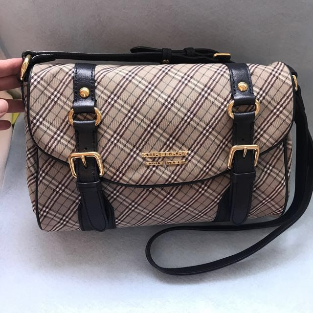 Burberry Blue Label sling bag 6805e5e9e3216