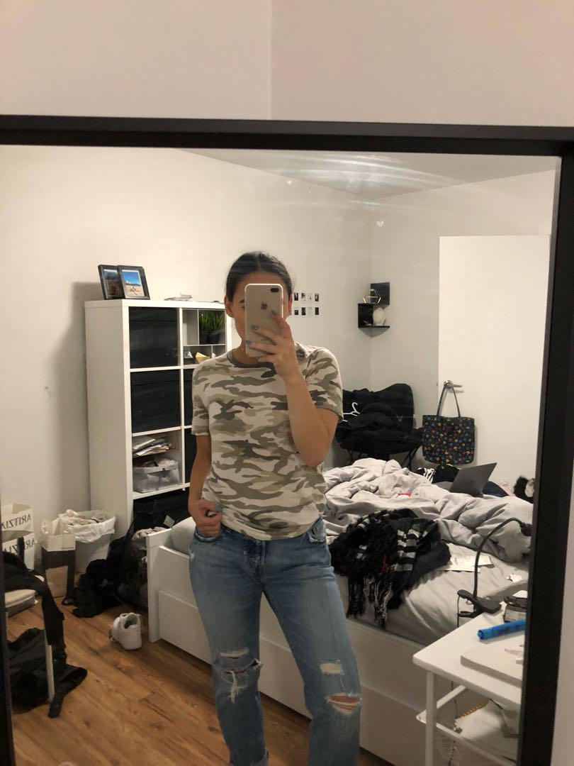 Forever 21 - white and grey camo t shirt