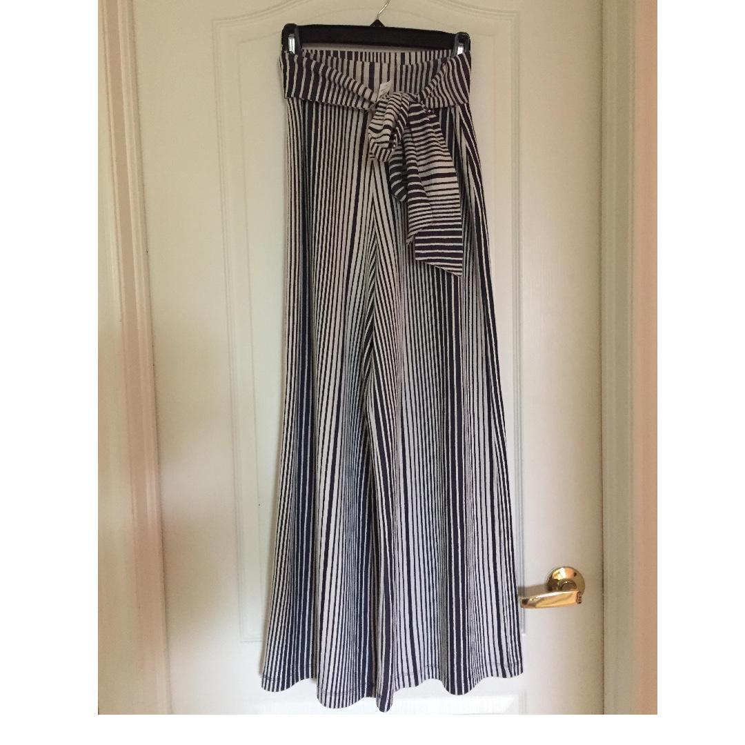*NEW* Size Small GAP Wide Leg Striped Pants (100% Cotton)