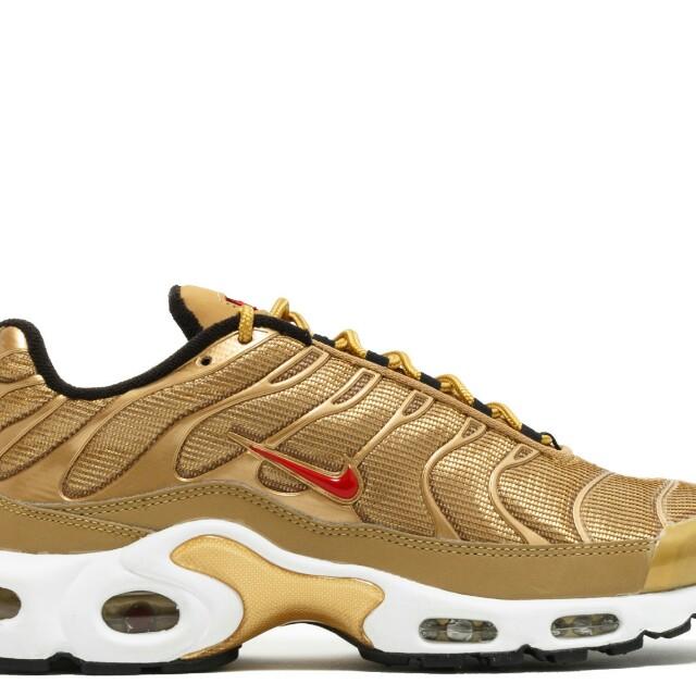 online retailer 94698 33014 nike air max plus QS metallic gold
