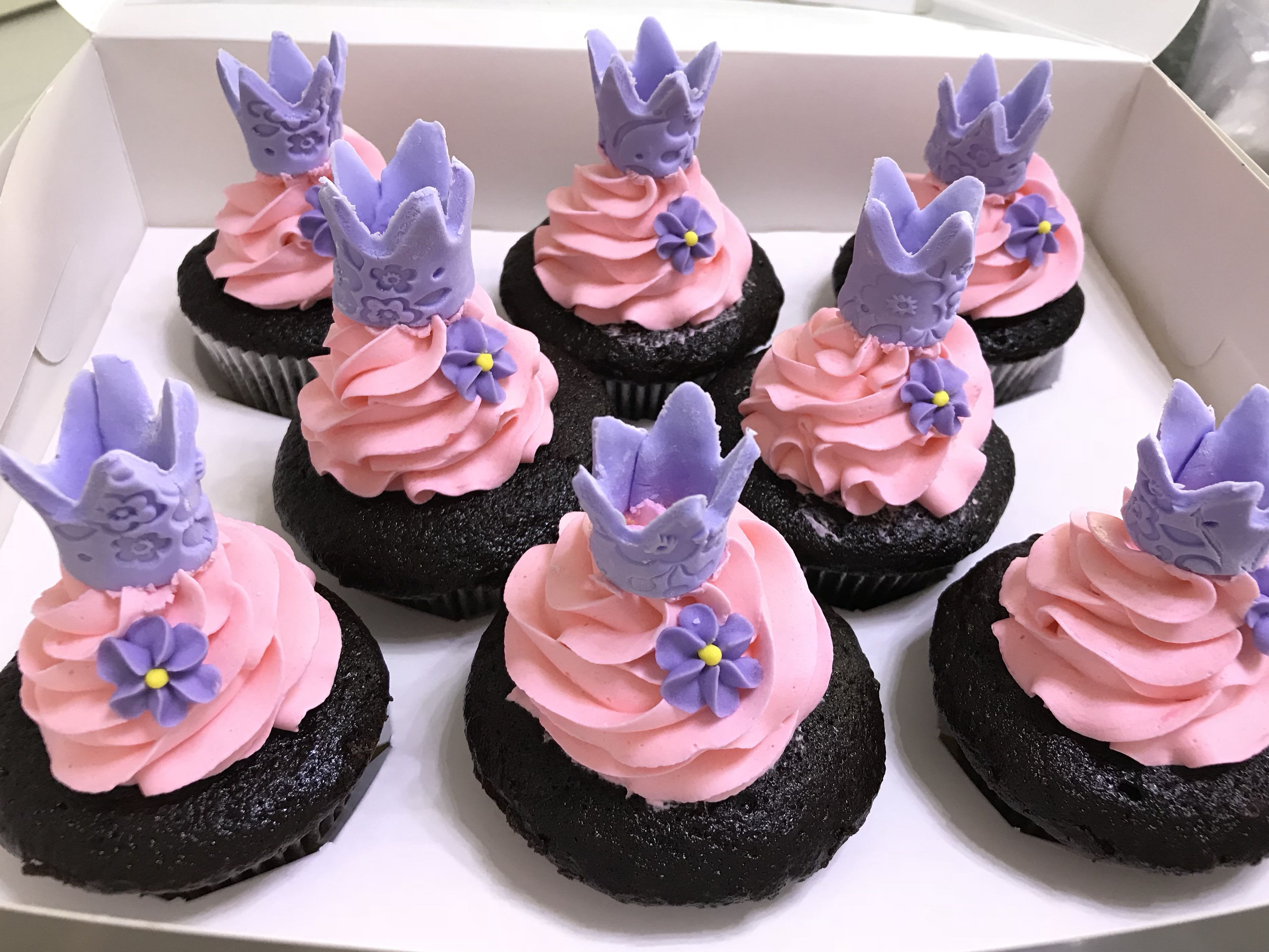 Princess Cupcakes Food Drinks Baked Goods On Carousell