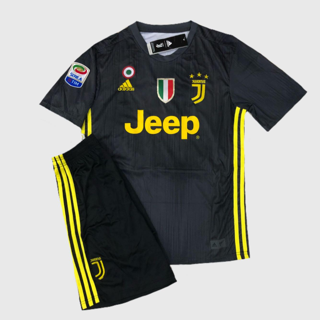 size 40 2d0f6 7d3f7 ❗️SALE❗️Juventus 18-19 Home/Away Jersey Kit, Sports ...