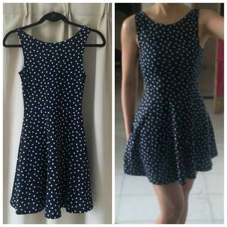 #OCT10 H&M Polka Dot Skater Dress