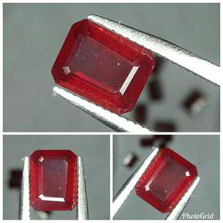 Natural Red Ruby 3.47 carats luster top markotop