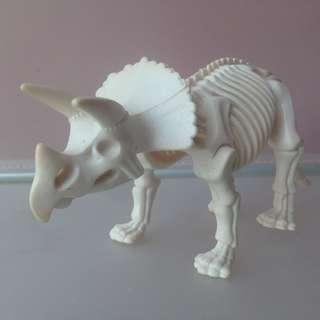 Dinosaurus Skeleton Triceratops panjang 16 cm - 1992 LGTI