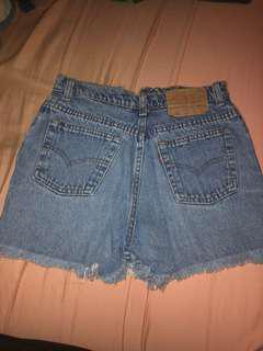 Vintage Levi denim shorts high waisted
