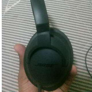 2 months old Bose headphones purchased from canada