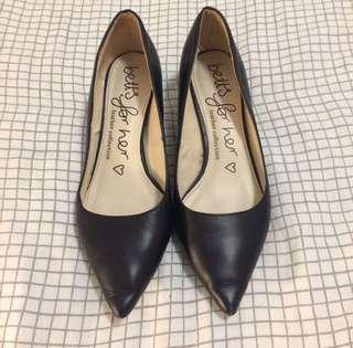 Betts kitten court shoes heels leather low vintage style 7 38