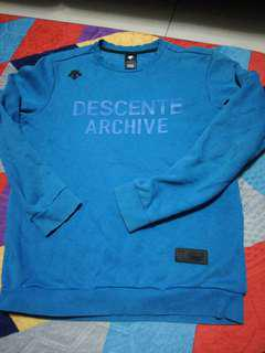 Descente Sweater