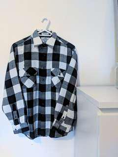 Vintage Black And White Checkered Shirt (Men's Medium)