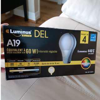 60W/10W Luminus and Philips LED light bulbs 4pk