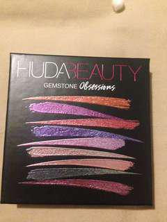 Huda beauty obsession pallet gemstone