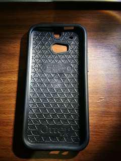 OtterBox case for HTC One