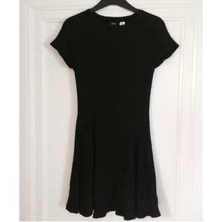 Urban Outfitters Casual Black Dress, Size S