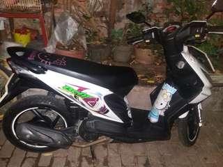 Dijual motor beet th 2009..warna putih mutiara paja hidup bpkb atas nama saya sendiri