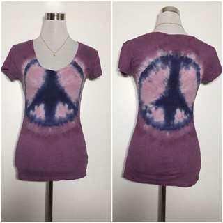 Vneck peace shirt