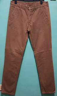 BENCH Colored Chino (Brown)