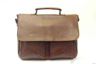 Water-resistant vintage camera bag