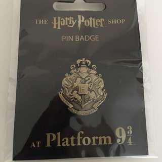 The Harry Potter Shop Pin Badge At Platform 9 3/4
