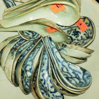 舊清花喜字匙羹及豆青匙羹(每個💯元)