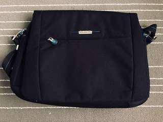 Samsonite Laptop Messenger Bag (Original)