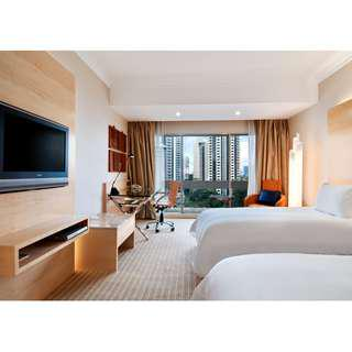 Hilton Singapore (with Late Check Out till 1pm) Weekend Staycation Deal