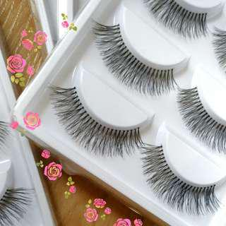4 sets of False eyelashes